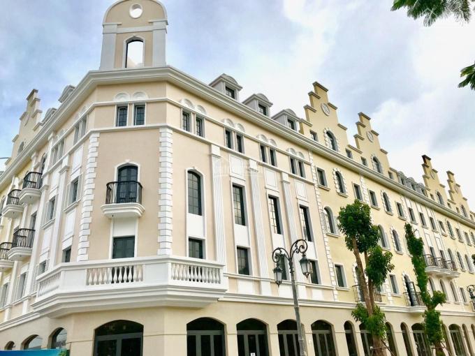 Bán khách sạn mặt đường Hạ Long, cam kết mua lại, miễn lãi suất 24 tháng, chiết khấu lên tới 2.3 tỷ