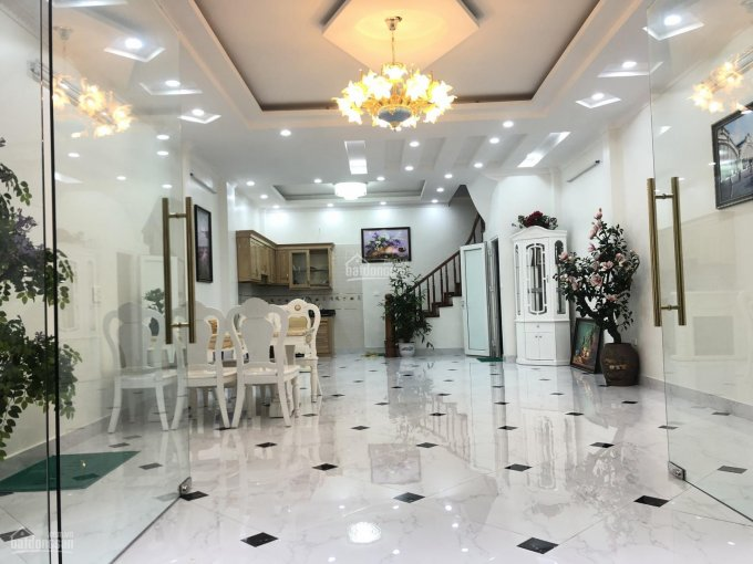 Chính chủ bán nhà sau mặt phố 1 nhà 33m2, 5T mới tinh, ngõ 281 Trần Khát Chân, cách phố đúng 10m