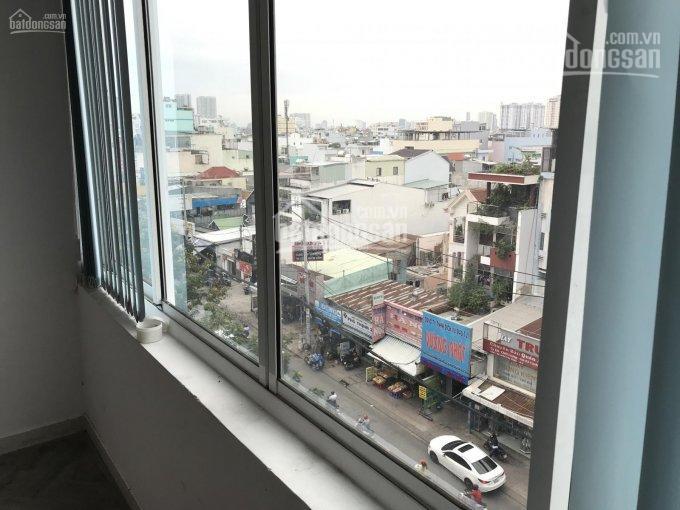 Cho thuê mặt bằng 171 Nguyễn Thị Thập, Quận 7 có đủ bàn ghế, máy lạnh view cửa sổ cực thoáng 7tr/th