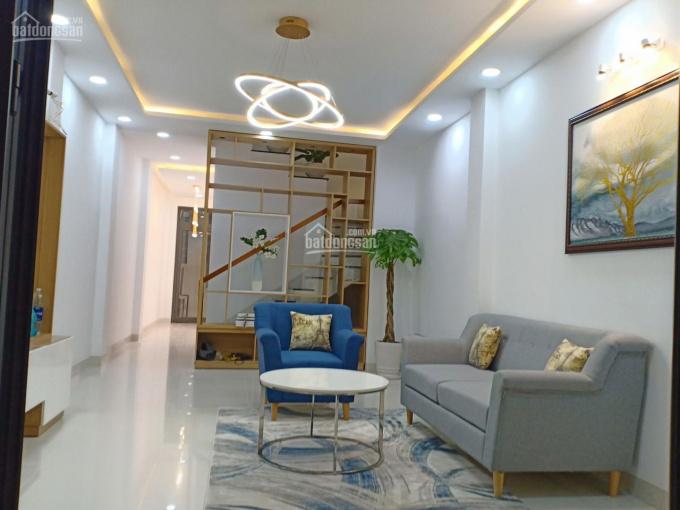 Nhà bán 2 MT hẻm 61 Đất Thánh, P. 6, Q. Tân Bình, 5 x 22m, NH 5.5m, giá 8.5 tỷ