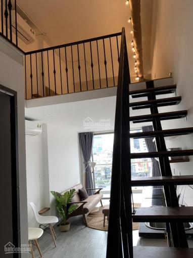 Chính chủ bán căn officetel Millennium full nội thất 32m2 + 28m2 lửng, giá 2.9 tỷ. LH 0916020270