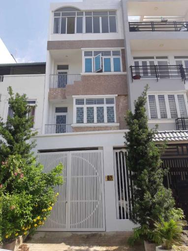 Bán nhà KDC Hoàng Minh Anh Tuấn, 3 lầu 2 mặt tiền đường, hướng Nam, giá 8 tỷ 2, LH 0906882368