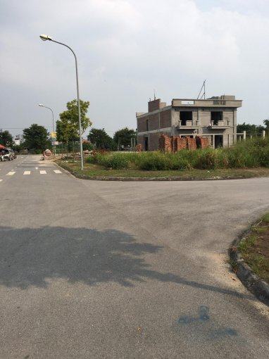 Chính chủ cần tiền bán gấp lô đất làng nghề Kiêu Kỵ, 1000 m2, sát Vincity, 091.55555.90