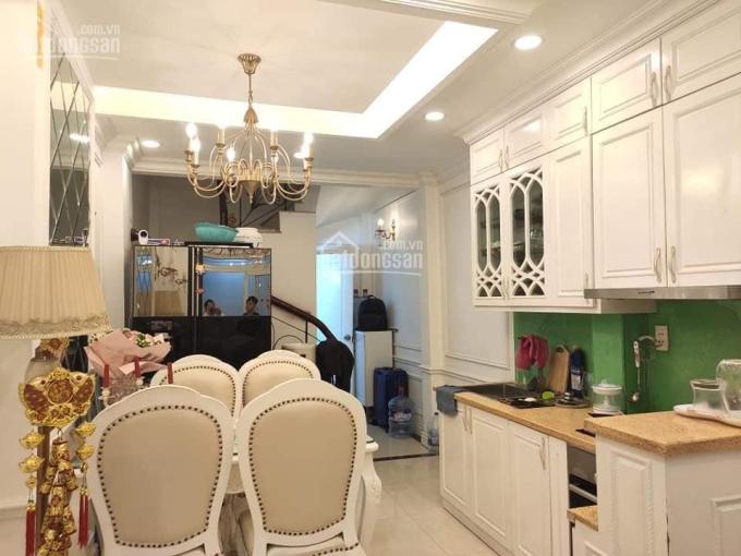 Bạch Mai, nhà siêu đẹp, cách phố 50m đến xem là mê 31m2, 4 tầng, MT 3.1m, giá thỏa thuận