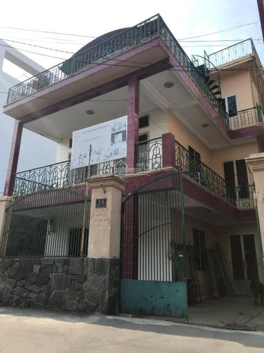 Bán BT đường Số 17, Hiệp Bình Chánh, DT 10x22m, 1 lầu, có phòng trọ cho thuê. Giá bán: 8.8 tỷ