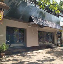 Cho thuê nhà mặt phố Huỳnh Thúc Kháng, DT 300m2, 2 tầng, MT 11m, LH 0914.477.234