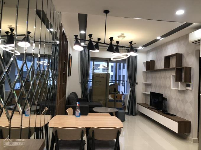 Bán gấp căn hộ Saigon Royal full nội thất siêu rẻ 2PN 1WC, 56m2, chỉ 4.3tỷ, LH 0931333551