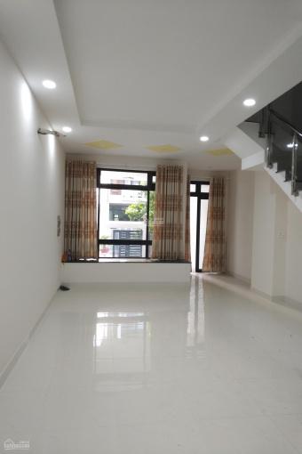 Cho thuê nhà Vạn Phúc Thủ Đức, nội thất cao cấp, Vừa làm văn phòng công ty, vừa ở, 5x22m, 25 tr/th ảnh 0