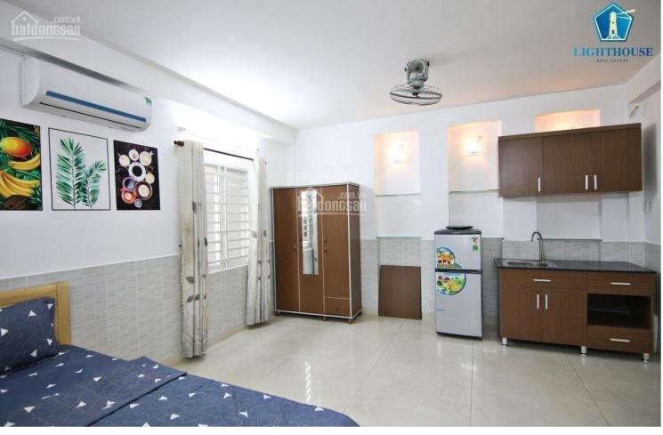 Cho thuê căn hộ cao cấp ở trung tâm Phú Nhuận, Phan Xích Long. LH 0345.533.448