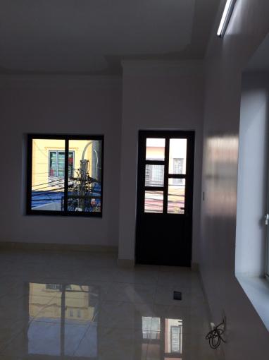 Cần bán nhà mặt đường mới xây ở số 28 đường Hạ Đoạn 2, phường Đông Hải 2