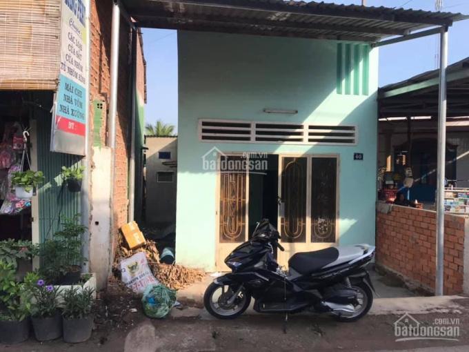 Bán nhà MT trường tiểu học Phước Tân, DT 101m2, TC 50m2, QL51 vô 200m, LH: 0938018295 thương lượng