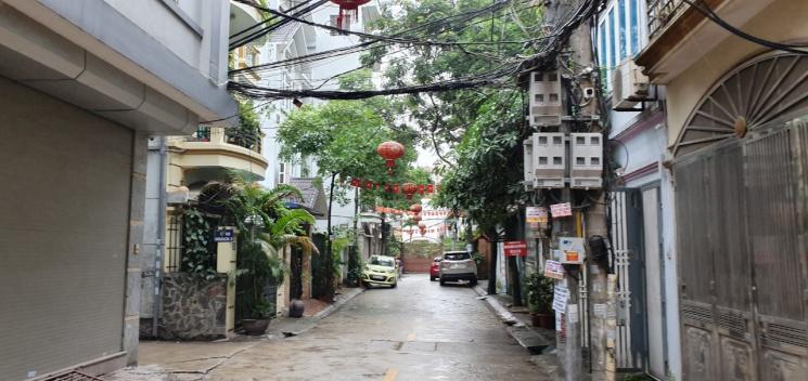 Bán gấp nhà 6 tầng mới đẹp cách mặt phố Kim Đồng, Hoàng Mai chỉ 1 nhà, gần Hồ Đền Lừ