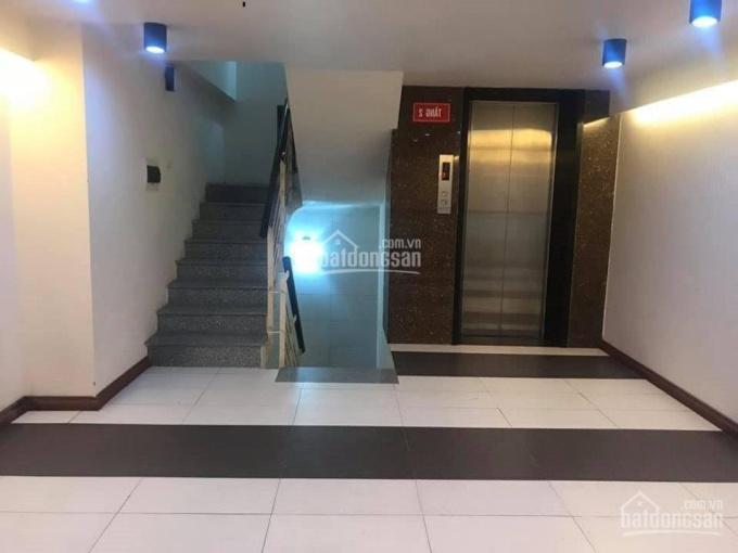 Cho thuê nhà mặt ngõ rộng, mới xây tại Tây Sơn, DT: 65m2 x 5T, MT: 5m có thang máy. LH: 0339529298