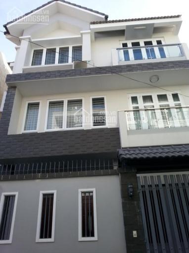 Bán nhà đúc 3 tầng, HXH CMT8, P. 5, Tân Bình. 5,4x14,2m, giá 8.5 tỷ, thông tin chính xác 100%