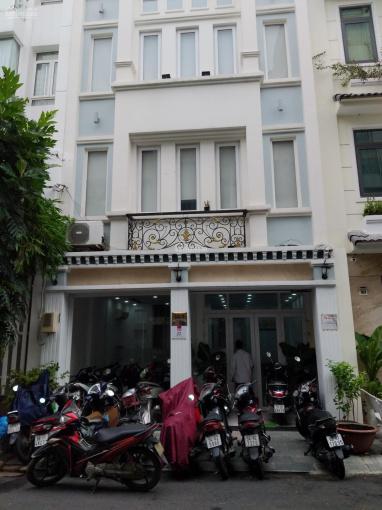 Bán nhà mặt tiền đường Lam Sơn, DT: 5*15m, rẻ nhất khu vực