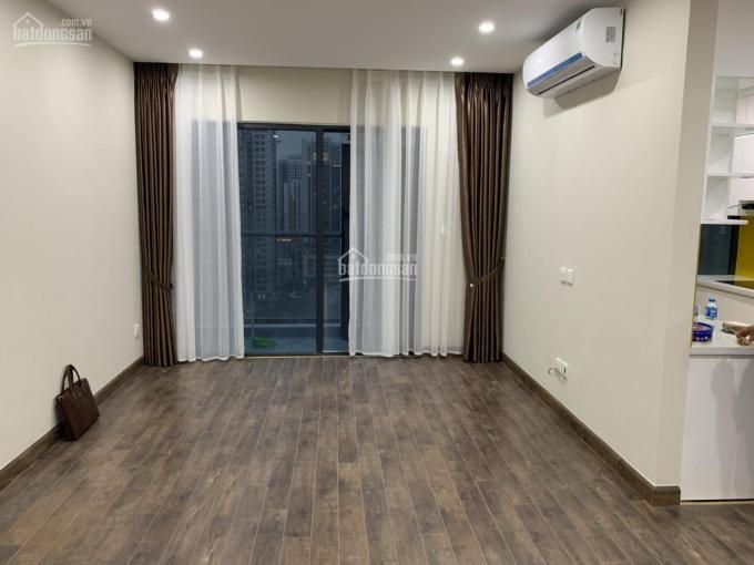 Xem nhà 24/24h - Cho thuê chung cư Việt Đức Complex 134m2, 3 PN, đồ cơ bản tiện ở hoặc văn phòng