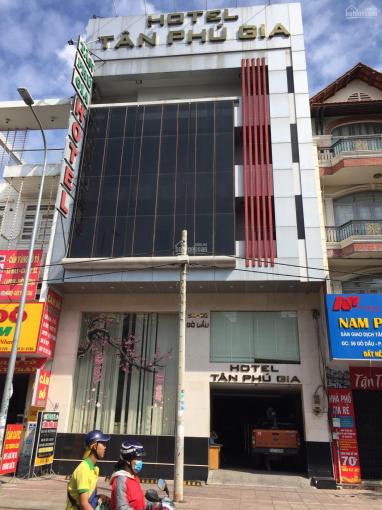 Bán khách sạn MT Gò Dầu, 10x16m đúc 5 tấm, thu nhập 300tr/tháng, giá 36 tỷ