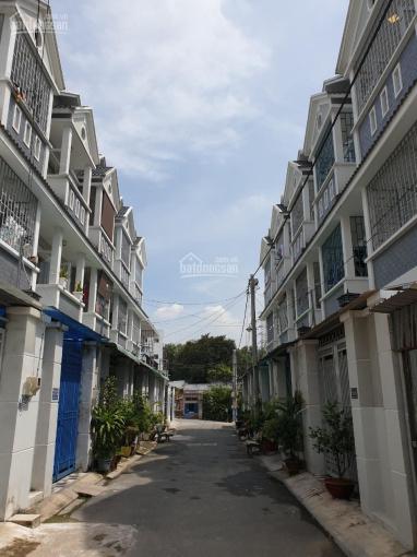 Bán nhà 1 trệt 2 lầu 4PN, HXH đường Tân Hoà 2, P. Hiệp Phú, Q9, SHR, giá 4 tỷ 300 triệu, gần Vincom