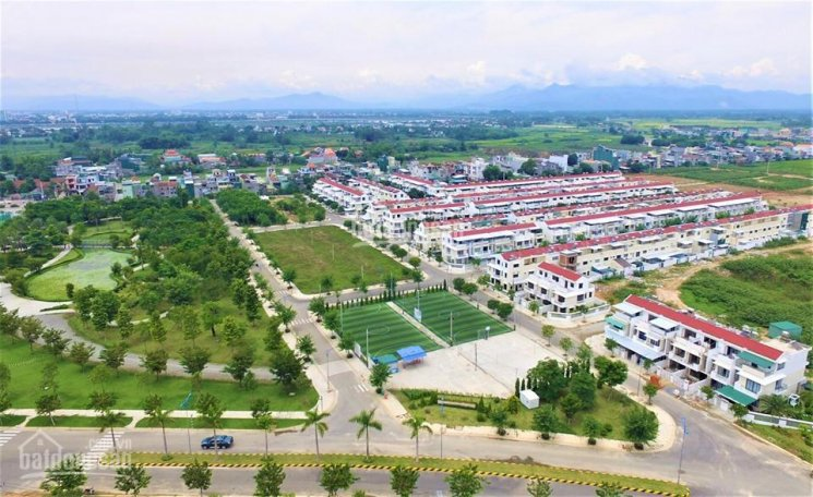 Bán nhà 3 tầng thuộc KĐT VSIP Quảng Ngãi full nội thất