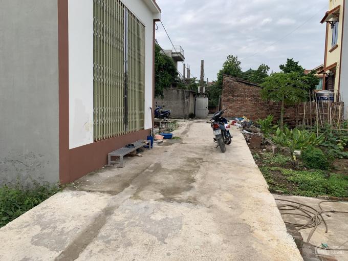 Cần bán nhà 2 tầng mới xây 2 mặt tiền thôn Hoàng Long, Đặng Xá, Gia Lâm, diện tích 86.7m2