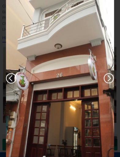 Cho thuê mặt bằng mặt tiền đường 26 Đề Thám, khu vực kinh doanh, nội thất đẹp, diện tích 81m2