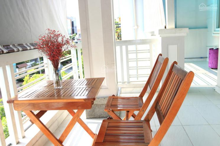 Cho thuê căn hộ dịch vụ đầy đủ nội thất, kế Vincom Nam Long, Quận 7