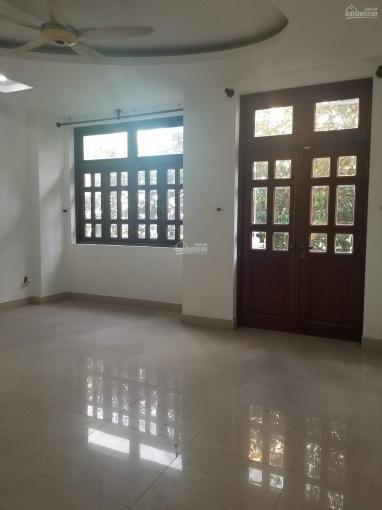 Cho thuê nhà đường Nguyễn Thượng Hiền, phường 5, quận Phú Nhuận, 4 lầu