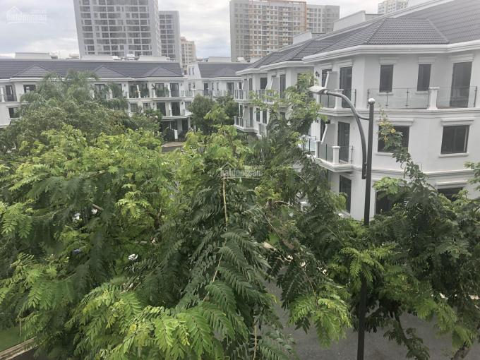 Lakeview City cập nhật giá mới nhất, nhà phố, biệt thự, giá 10.2 tỷ - 19.8 tỷ. LH: 0907860179