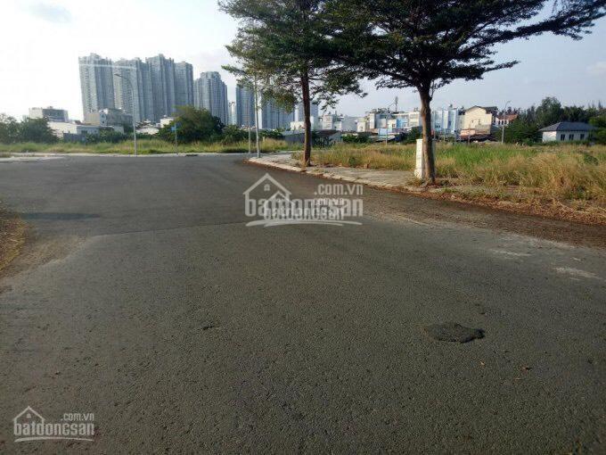 Mở bán 30 nền liền kề Vincom Lê Văn Việt, Quận 9, giá TT 950tr/nền, sổ hồng riêng, LH 0901416449