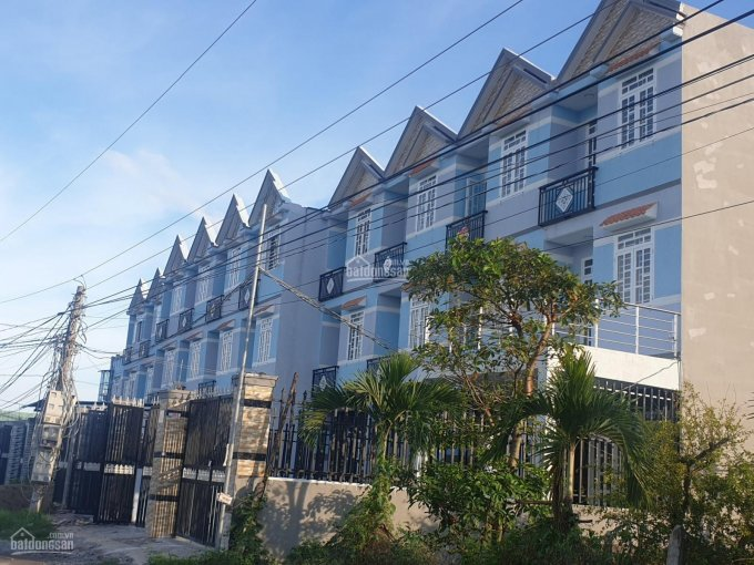 Bán nhà mặt tiền đường Bà Râm - sau lưng chợ Hưng Long - cho vay 60% - khu cao cấp tiện k. Doanh