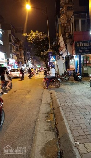 Bán nhà mặt phố Hoàng Như Tiếp, KD tốt giá 15 tỷ, 100m2, MT 7,3m
