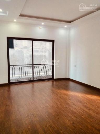 Bán nhà đẹp Lâm Du 43.8m2 x 4,5T ô tô đỗ cửa giá 4,1 tỷ. LH 0963492345