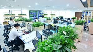 Bán nhà 2 tầng trục chính kinh doanh Ngô Xuân Quảng, Trâu Quỳ, DT 64m2, MT 4.2m, giá chỉ 57tr/m2