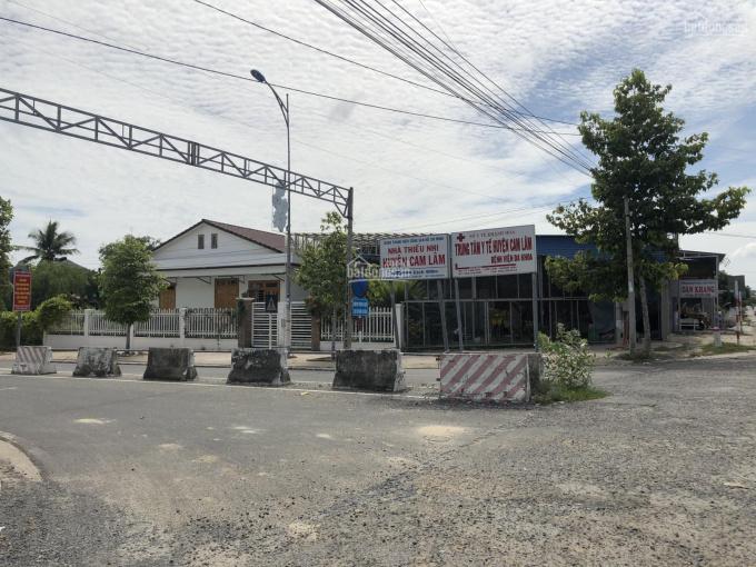 Đất đô thị ven đầm Thủy Triều - đường lớn 40m view đầm - LK bệnh viện Đa Khoa Cam Lâm
