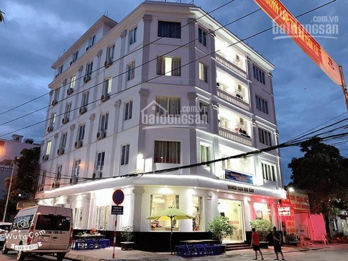 Bán khách sạn 3* đường Hoàng Việt, P. 4, Tân Bình DT: 14m x 20m H - 6L - 30P TN 300tr. Giá 66 tỷ