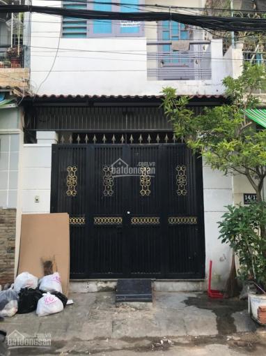 Cho thuê nhà Tân Phú, hẻm xe hơi, 3 tầng + 4 PN - nhà sạch sẽ ở liền