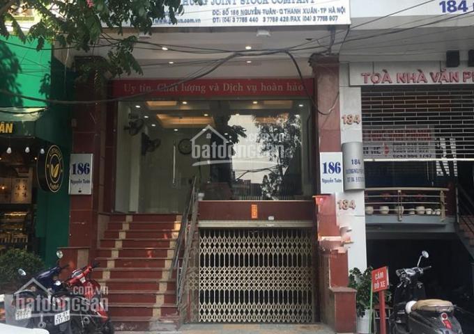 Cho thuê nhà mặt phố 186 Nguyễn Tuân ngã 4 Ngụy Như Kon Tum, 90m2x4T, MT 6m đoạn to nhất, không tắc