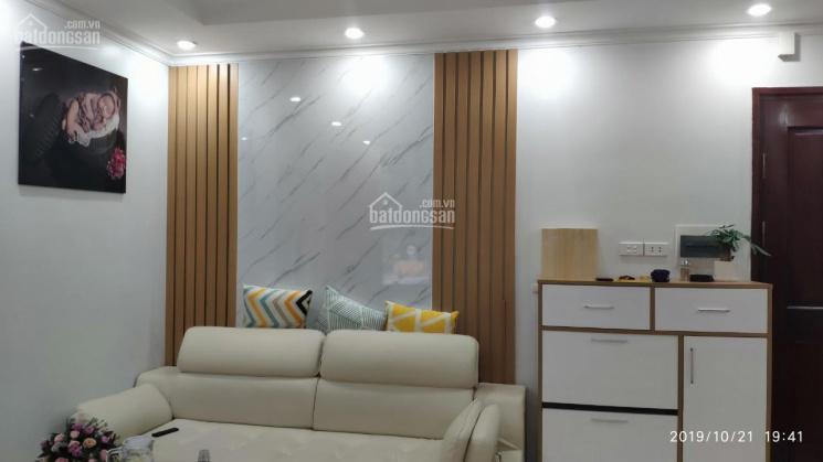 Chính chủ cho thuê gấp nhà ở Sài Đồng mặt đất 3 tầng, đầy đủ nội thất, giá 4.5 tr/tháng: 0912700518
