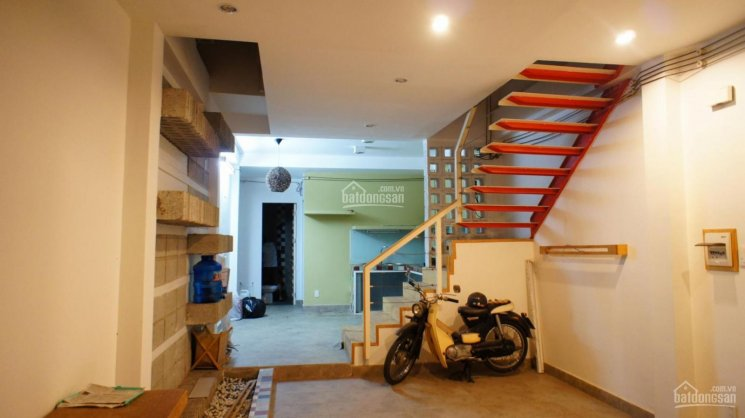 Cho thuê nhà nguyên căn thiết kế cực đẹp 1T, 1L 136m2 2PN 2WC đường Lê Đức Thọ, P14, Gò Vấp