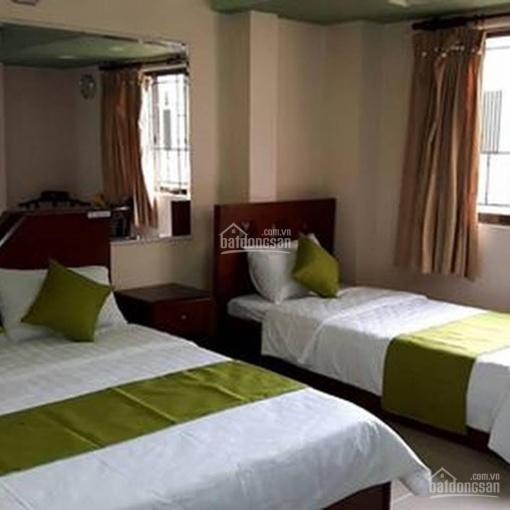Khách sạn 18P 105tr/tháng mặt tiền Lý Chính Thắng, Q3 - LH: 0979.600.757
