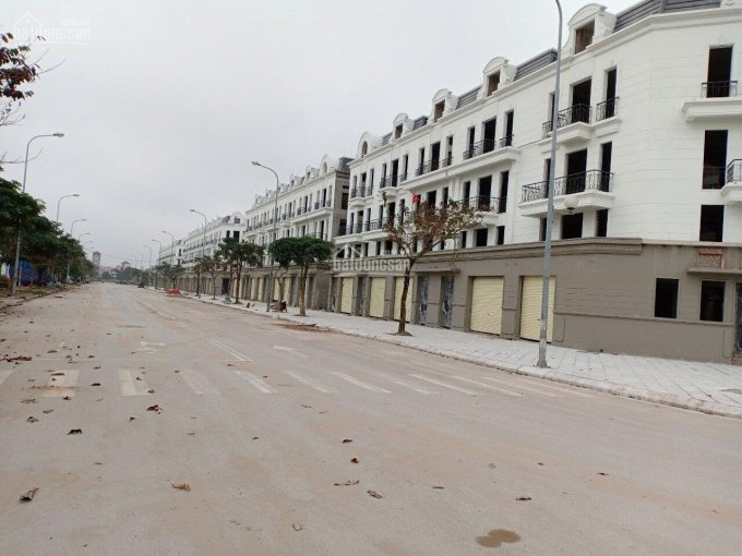 Cần bán gấp shophouse, 104m2, đường 2 làn vỉa hè 4m, Cửu Việt, Gia Lâm, 6.3 tỷ