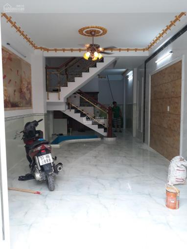 Cho thuê nhà hẻm 345 Tân Kỳ Tân Quý. DT 4x20m, 2 lầu ST, 6 phòng ngủ, nhà mới đẹp vào ở ngay
