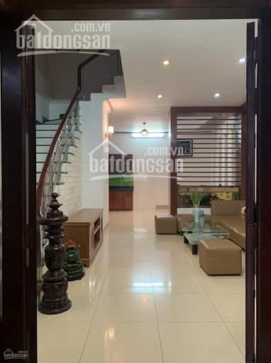 Bán nhà tại tổ 3 phường Thạch Bàn, đầu hồ Thạch Bàn và cách đường Thạch Bàn 50m, Q. Long Biên