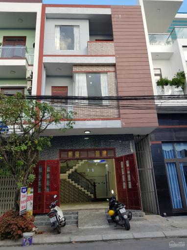 Nhà 3 tầng ngang 5m8 mặt tiền đường 7m5 Nguyễn Như Hạnh ngay cầu vượt ngã 3 Huế. LH: 0902.200.789