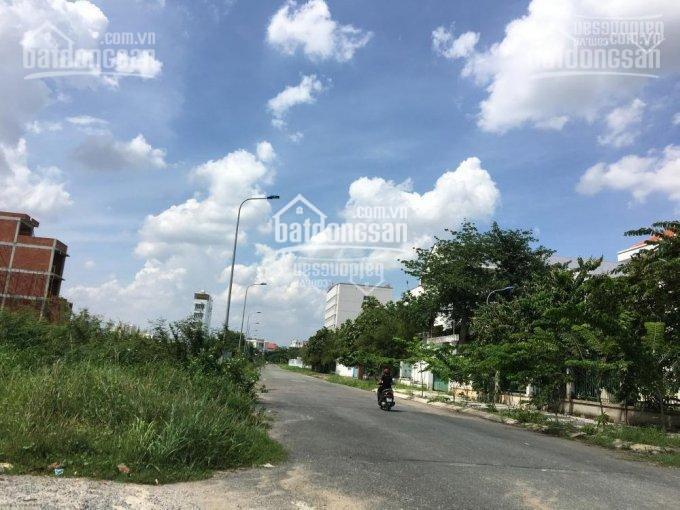 Đất nền Kinh Tế Lê Văn Việt,ngay VinCom , Quận 9,5x18m , giá 2 tỷ 2 , sổ hồng riêng,TC ,0799812952