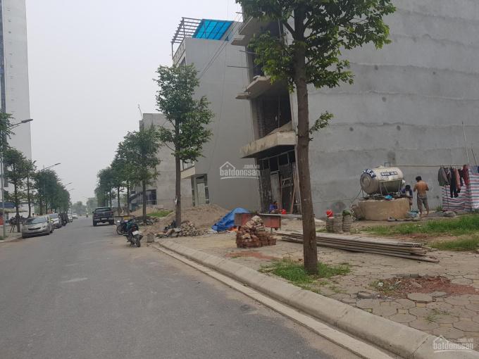 Bán đất liền kề đối diện chung cư 6 tòa B1.4 đường 25m 4.5 tầng B2.3 không lỗi gấp giá rẻ chính chủ