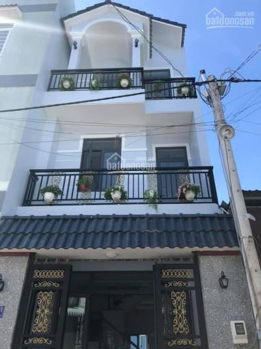 Cần tiền cho con đi du học, bán gấp căn nhà mặt tiền đường Trần Hưng Đạo, SHR, bao thủ tục