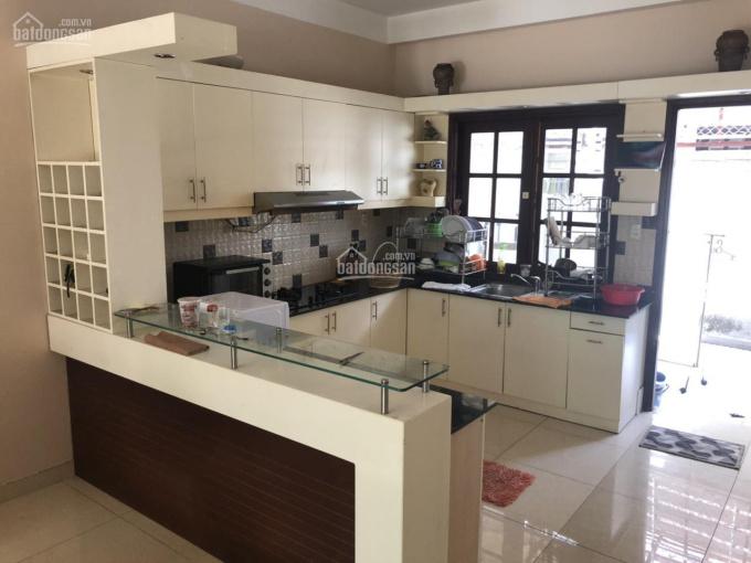 Gia đình định cư cần bán biệt thự đôi song lập 493m2 Bình Thuận quận 7 giá 46tỉ còn tl 0978160596