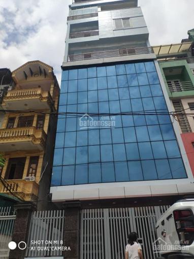 Cho thuê tầng 1 mặt phố Khâm Thiên DT 170m2, nhà 10 tầng, MT 5,2m giá 70tr/th