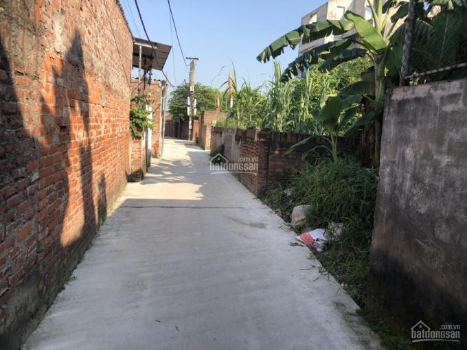 Bán nhà 2 tầng kiên cố - mới xây được vài năm tại Đặng Xá - Gia Lâm
